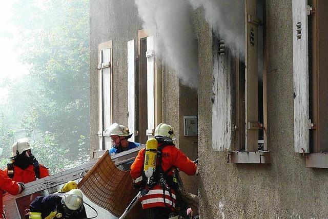 Zimmerbrand in Mehrfamilienhaus in Nonnenweier