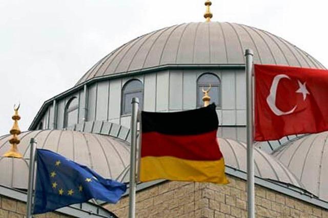 Premiere in BaWü: Uni Tübingen soll Imame ausbilden