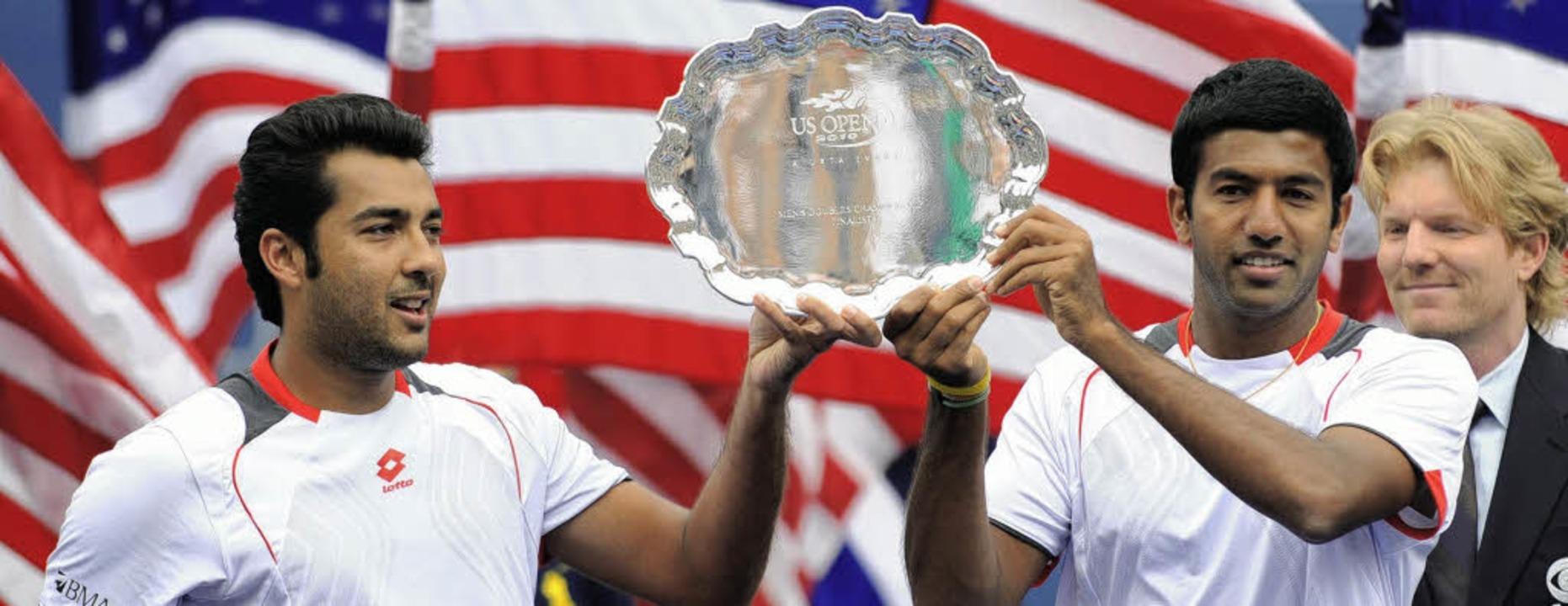 Aisam-ul-haq Qureshi (links) und Rohan...sich über  Platz zwei  in New York.     | Foto: afp
