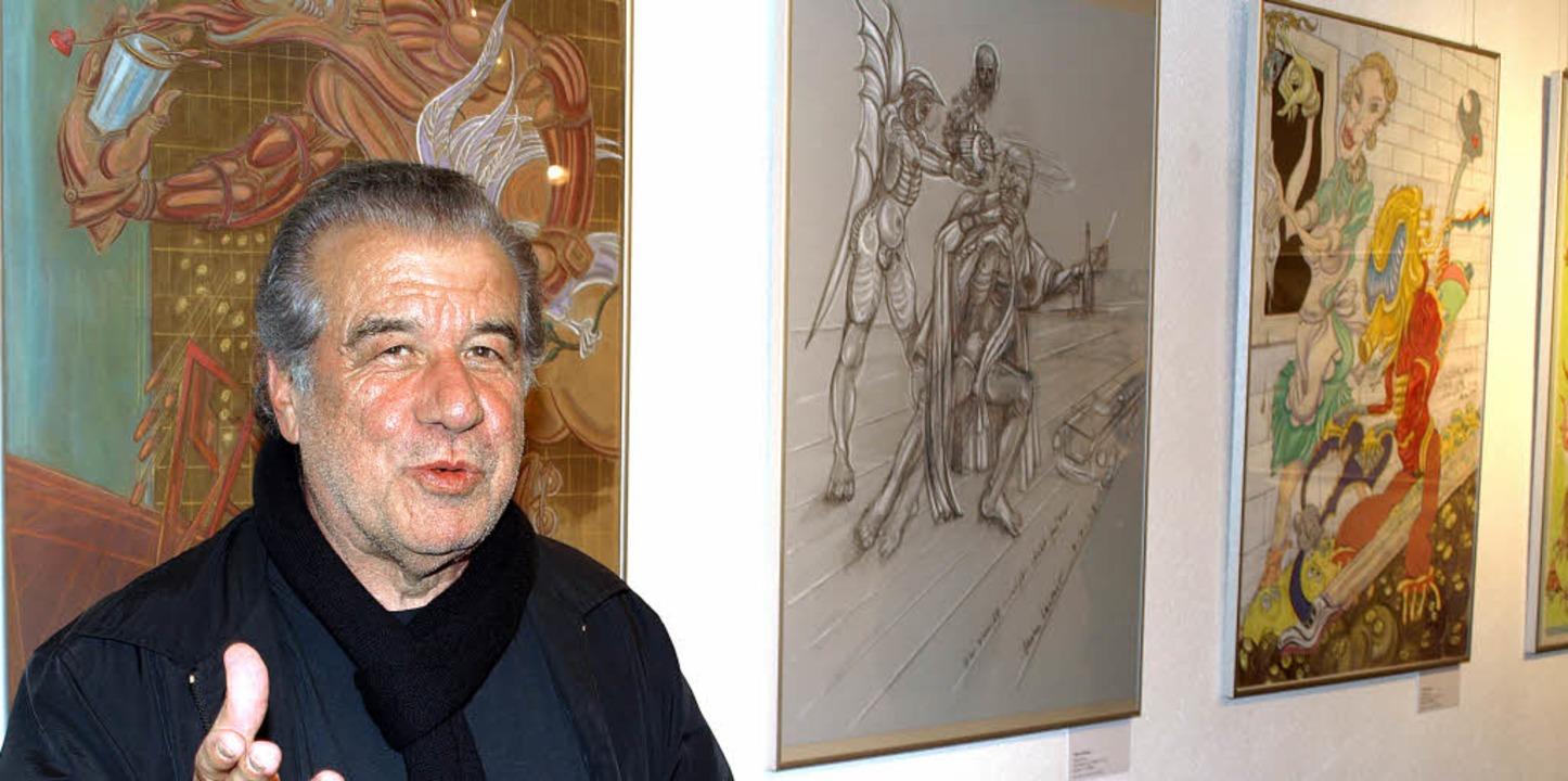 Adrian Lacour vor einigen seiner Werke.     Foto: marion pfordt