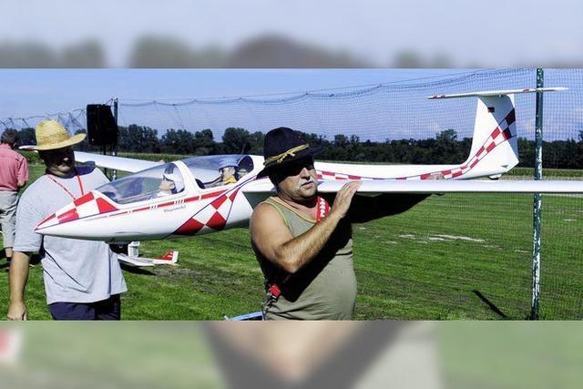 Doppeldecker und Jets en miniature