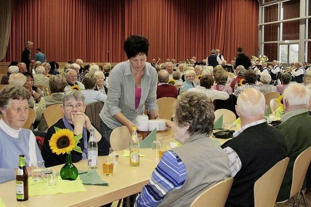 36 Kuchen und Torten für Senioren