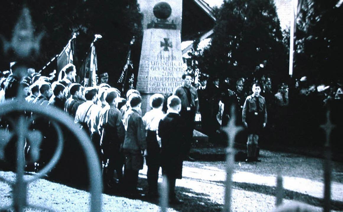 Bis zum Ende des Krieges hielt  das Na...r Kontrolle der Bevölkerung aufrecht.   | Foto: privat
