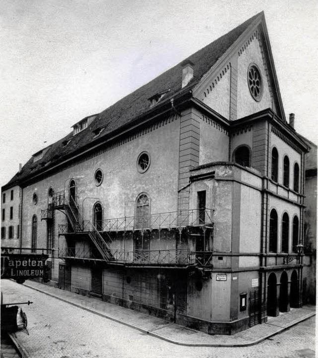 Das alte Stadttheater im Sommer 1910 a...zehnten als Augustinermuseum genutzt.   | Foto: Schneider / Repro: Augustinermuseum