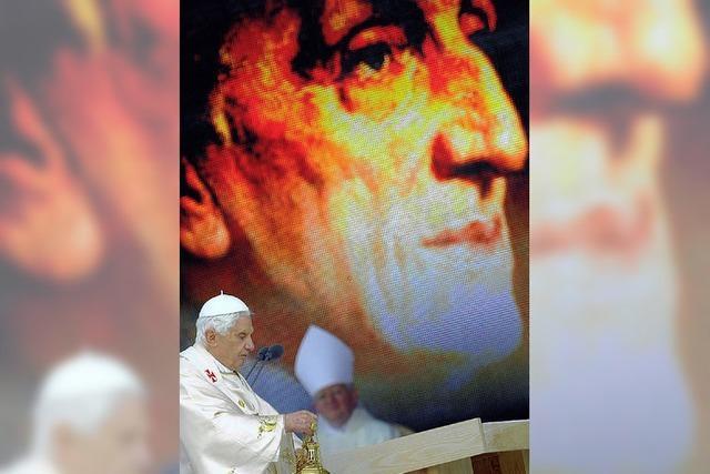 Papst schließt historischen Großbritannien-Besuch mit Messe ab