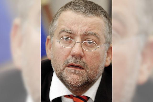 Brandenburgs Innenminister tritt zurück