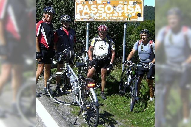 Rüstige Rentner radeln nach Elba