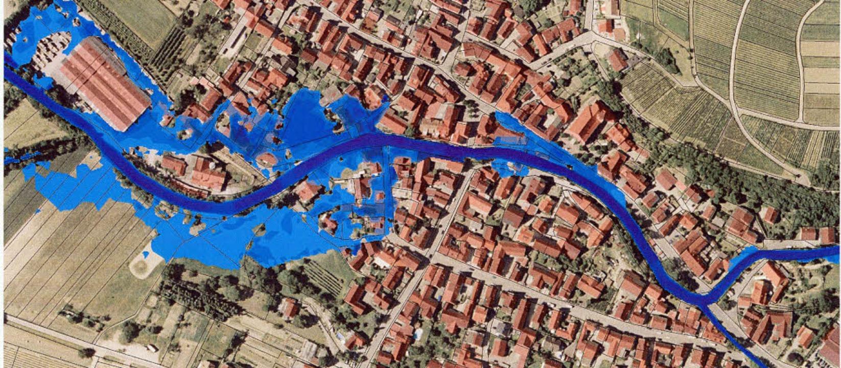 Ehrenstetten wäre beim 100-jährigen Ho...eil stark überflutet (blaue Flächen).   | Foto: bild: Büro Ernst +Co im Auftrag der Gemeinde Ehrenkirchen
