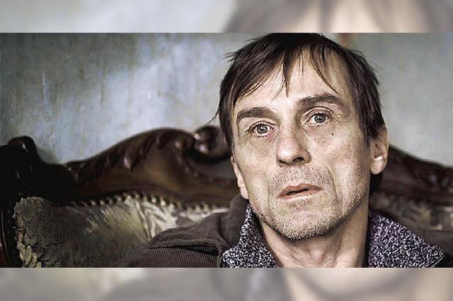 Der verschwiegene Tod eines tattoobewehrten Trinkers