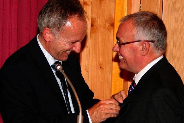 Ehrung für Gemeinderat Bernhard Stratz