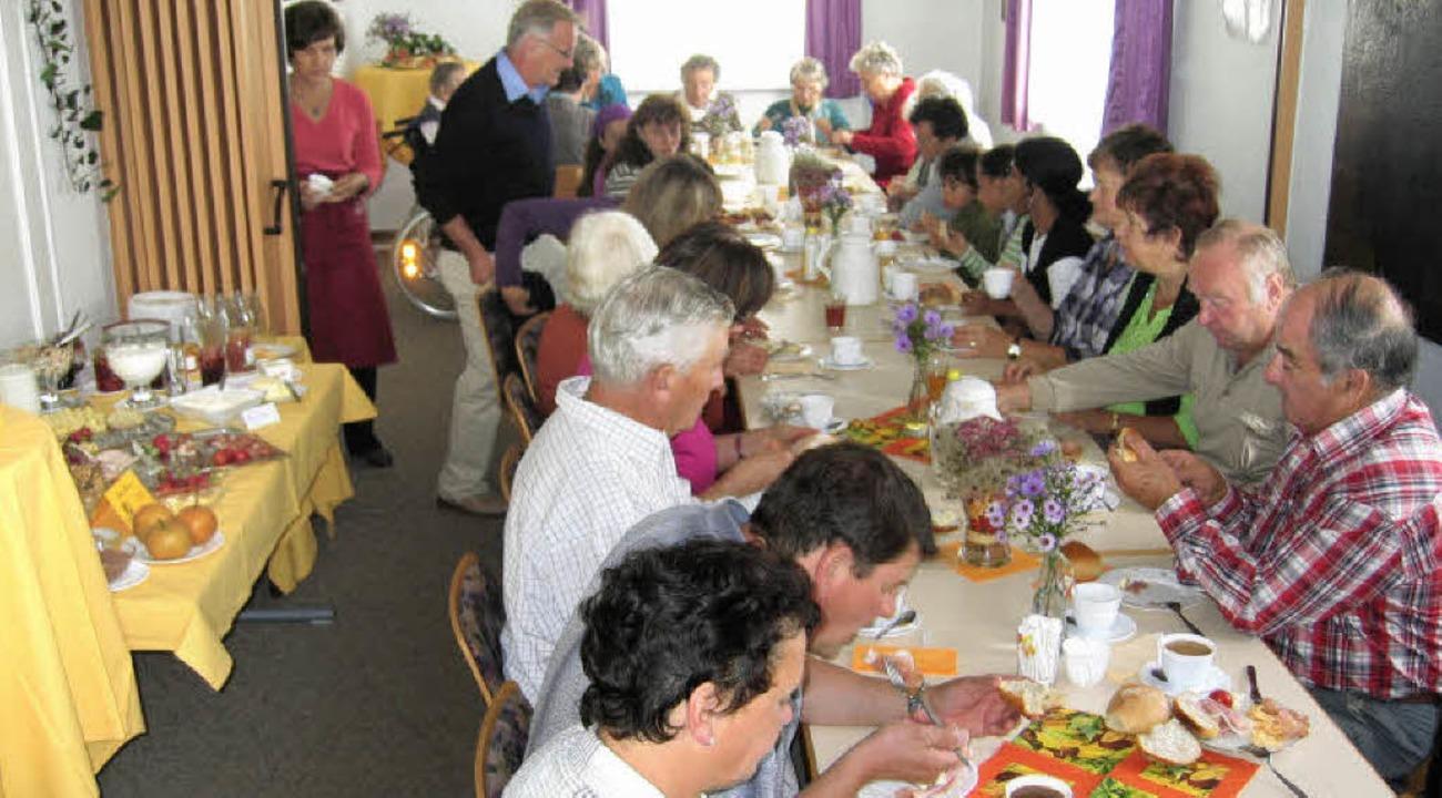Saisonales und regionales Frühstücksbuffet in Nordweil.   | Foto: Reiner Merz