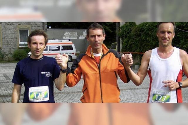 Sportler nahmen Kilometer und Höhenmeter bei idealem Wetter