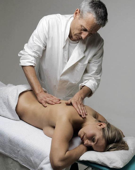 Physiotherapeuten sehen sich im Spannungsfeld zwischen Ärzten und Patienten.   | Foto: fotolia