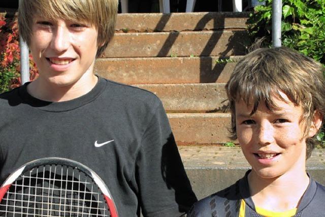 Talente glänzen auf Tennis-Court