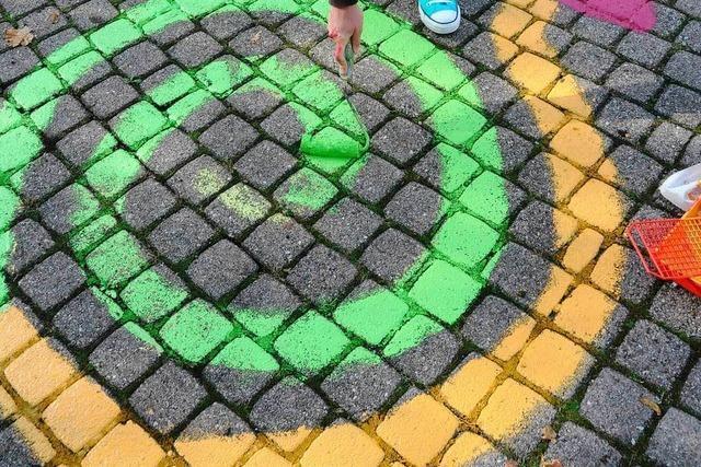 Malaktion beim verblassten Labyrinth