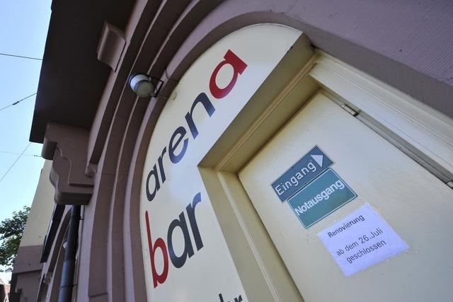 Arena Bar schließt – Freiburg ohne Oben ohne