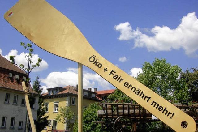 Murger Riesen-Kochlöffel sorgt in Berlin für Furore