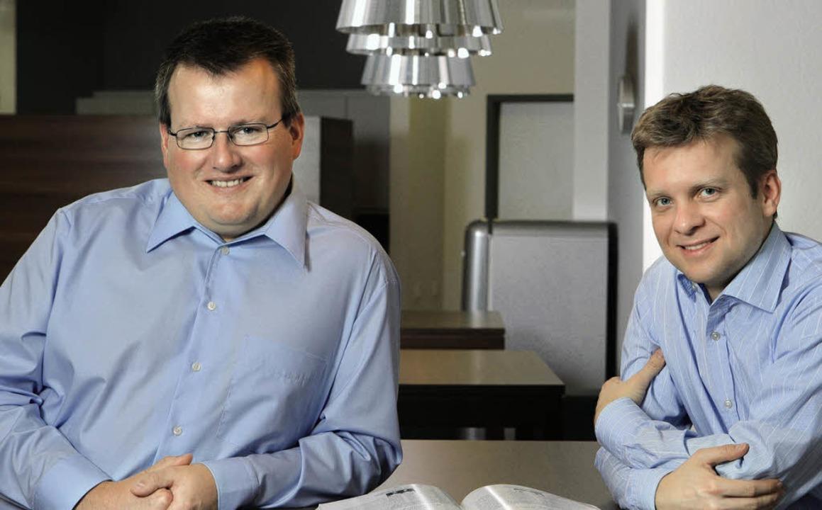 Die Inxmail-Gründer und-Cehfs Peter Ziras (links) und Martin Bucher  | Foto: Privat