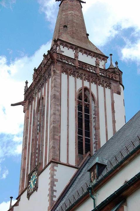 68 Meter hoch ist der Turm des Münsters.  | Foto: Peter Stellmach