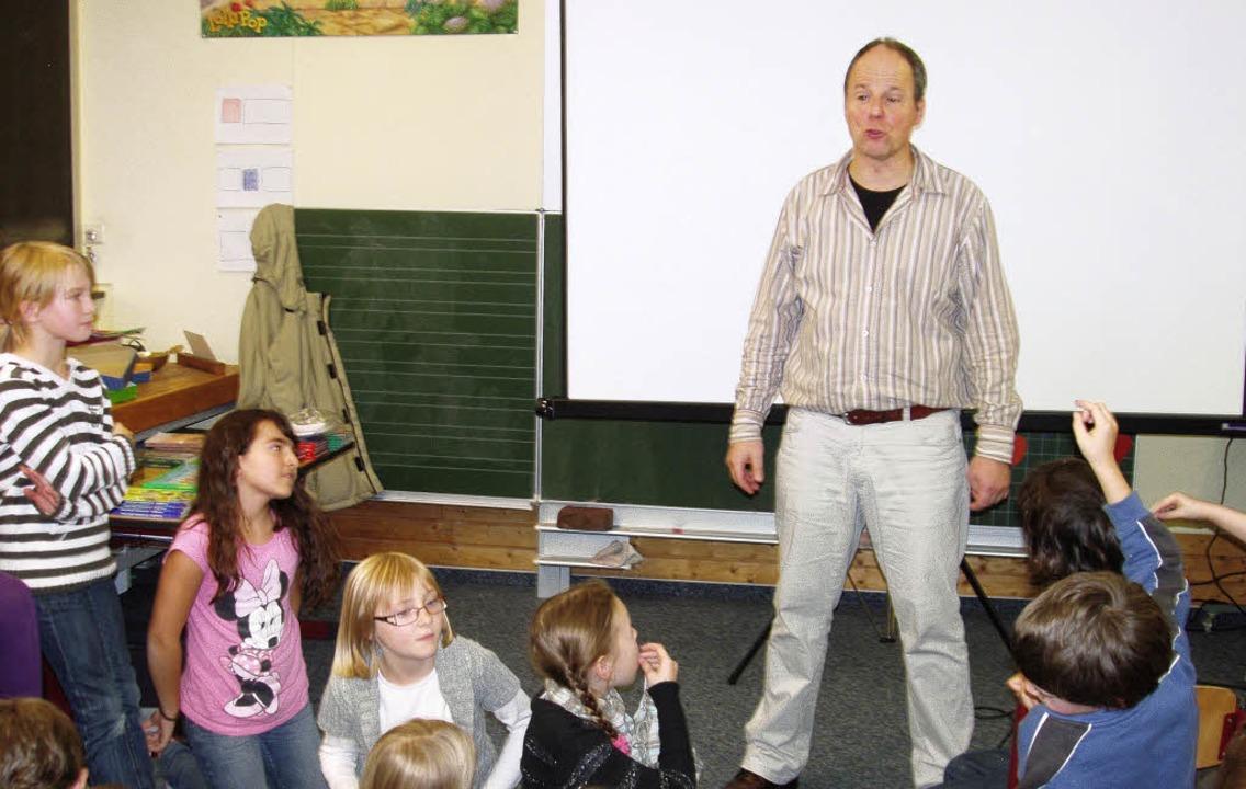 Lebhafter, lehrreicher Unterricht &#82...hgässner in der Grundschule Oberweier     Foto: schule