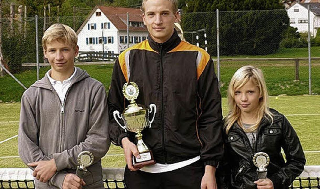 Die Geschwister Stanicki holten fast a...lubmeisterschaften des TC Hochblauen.     Foto: kann
