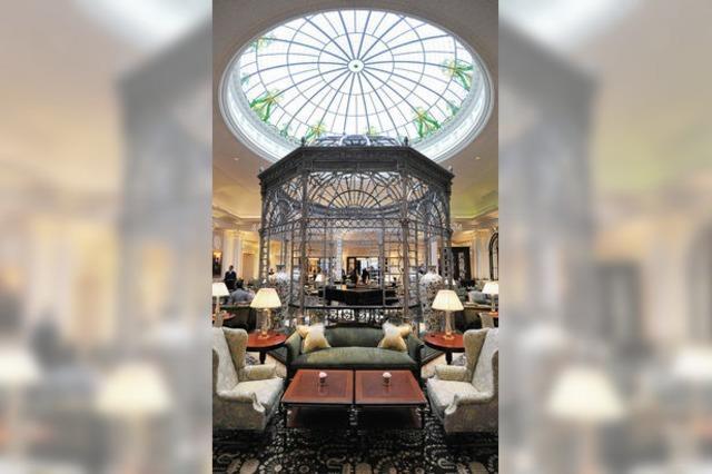 Londoner Hotel Savoy nach drei Jahren Bauzeit wiedereröffnet