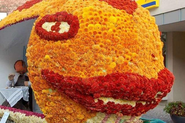 Fotos: Die Chrysanthema-Blumenwagen (Teil 1)