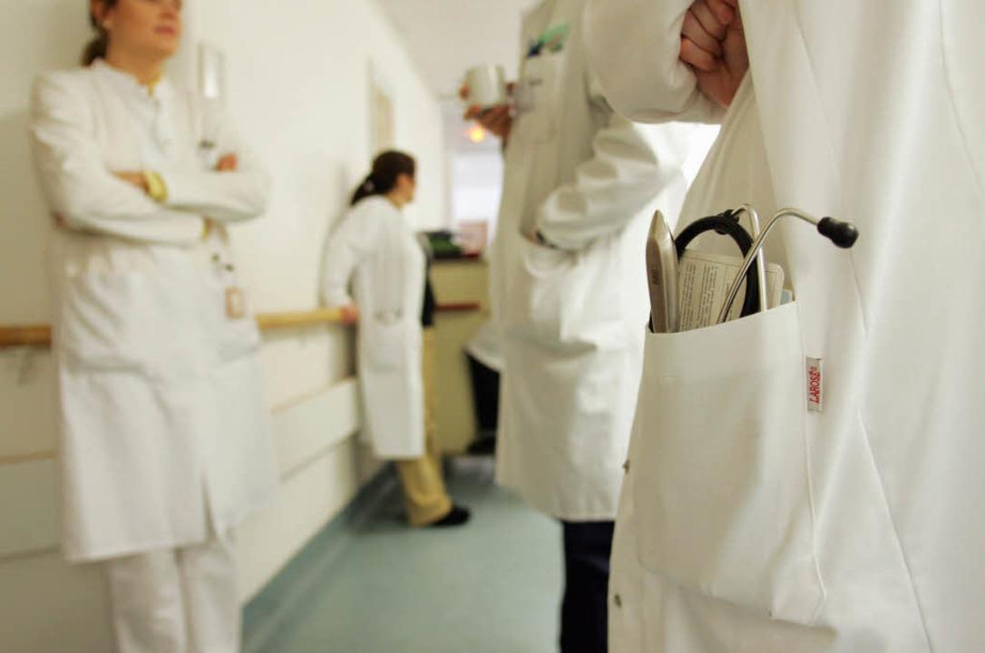Wegen Warnstreiks an den Universitätsk...h mehr als 100 Operationen verschoben.    Foto: ddp