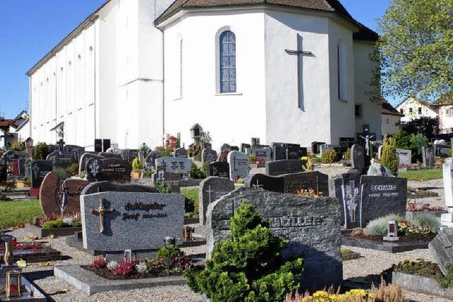 Streit um Friedhofsgebühr