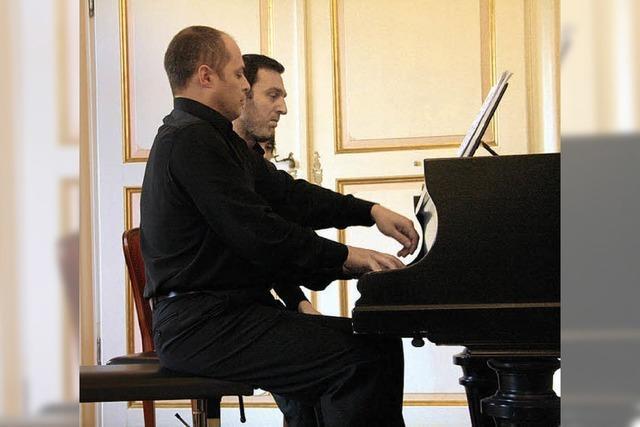 Furioses Pianisten-Zusammenspiel