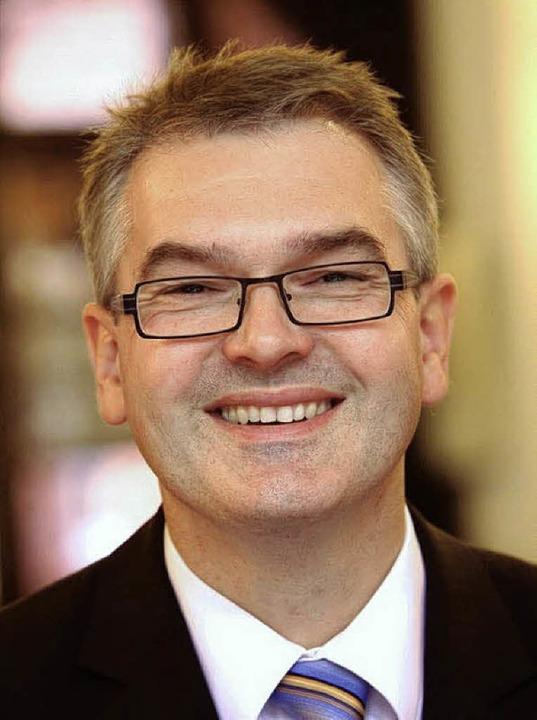 Dirigent und Diplom-Musiklehrer Siegfr...er ist jetzt auch Bundesmusikdirektor.    Foto: Privat