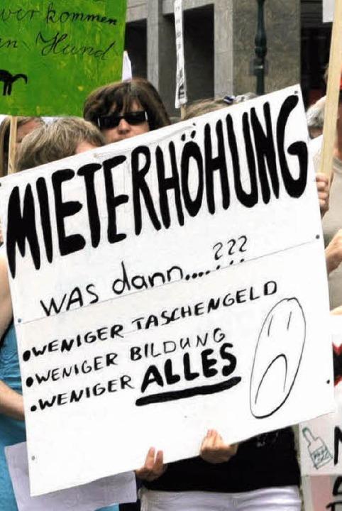 Demonstration gegen Mieterhöhungen im Jahr 2008     Foto: Eggstein
