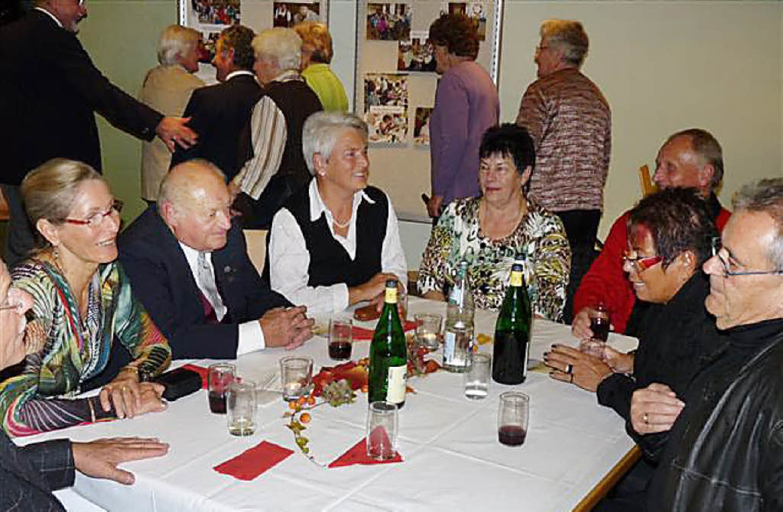 Gute Stimmung unter den  Neuershausener Senioren   | Foto: Hans-R. Kikisch