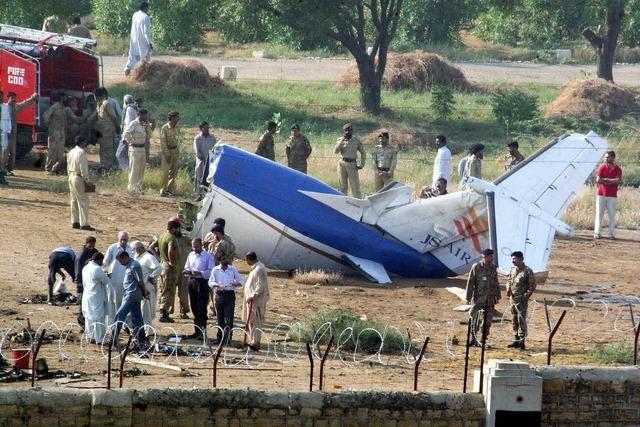 Tote bei Flugzeugabstürzen