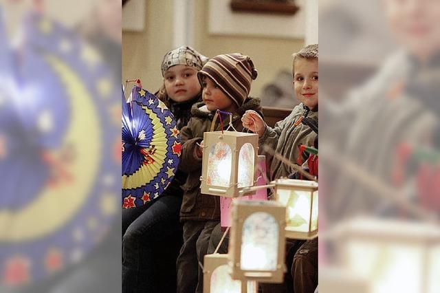 Laternenumzüge und Feiern zu Ehren von St. Martin