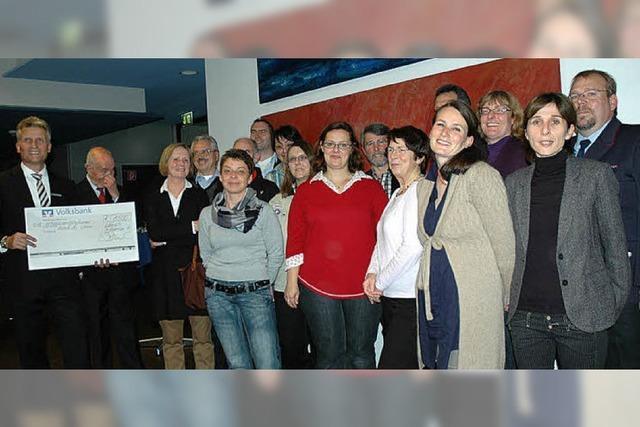 Spenden an 18 Vereine und Institutionen