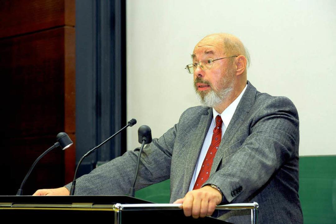 Der Politikwissenschaftler Eckhard Jesse  | Foto: Thomas Kunz