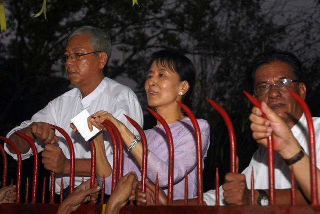 Birmas Oppositionsführerin Suu Kyi ist frei