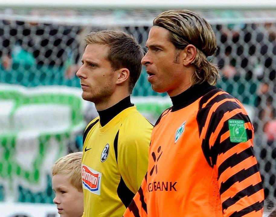 Oliver Baumann (links) ist momentan di...iburg. Soll er das auf Dauer bleiben?   | Foto: Meinrad Schön