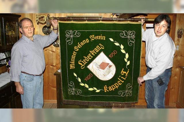 Kappler Sänger zeigen Flagge