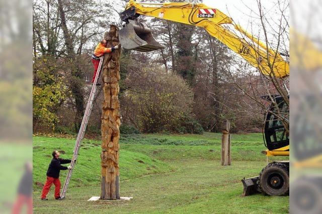 Die Holz-Skulpturen gehen auf Wanderschaft
