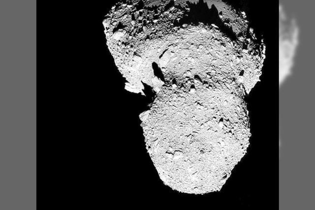 Eiserne Grüße vom Asteroiden