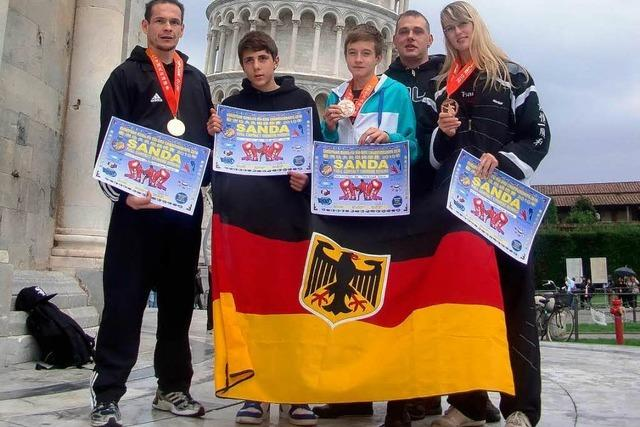 Elzacher ist Meister im Fullkontakt-Boxen