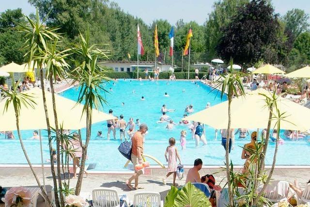 Das Ettenheimer Schwimmbecken braucht eine neue Folie