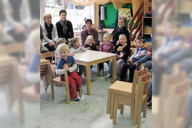 Neue Stühle für die Bärengruppe