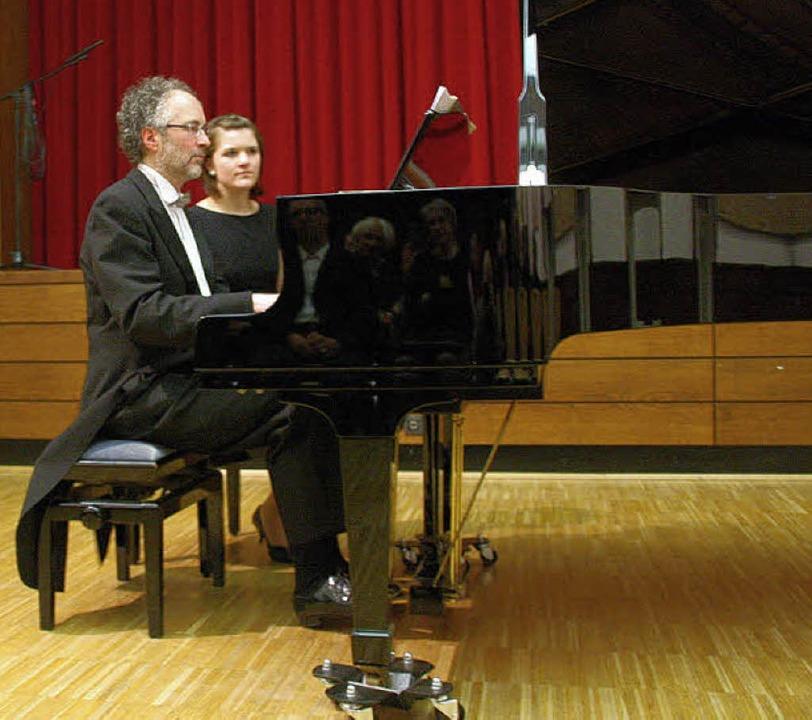 Der Waldkircher Konzertpianist William...n, Mazurken und Nocturnes von Chopin.   | Foto: Hans jürgen Kugler