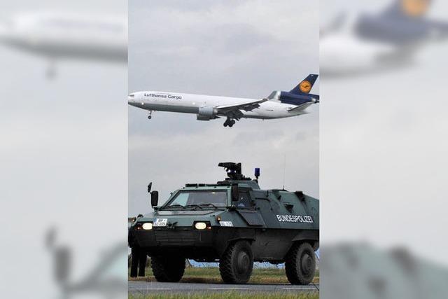 Sicherheitsbehörden überprüfen zahlreiche Visa