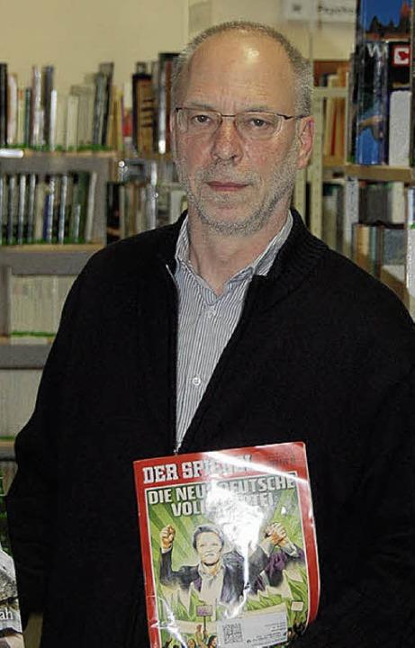 Zeitschriften in der Bibliothek leben ...ie nicht reduzieren, anderswo sparen.   | Foto: Valentin Ammann