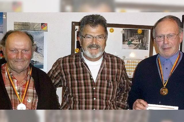 Hohe Ehre für drei Mitglieder