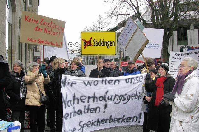 300 Demonstranten gegen Atdorf